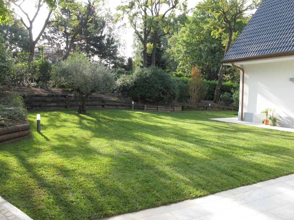 Ristrutturazione villa architetto torino studio for Disegnare un giardino